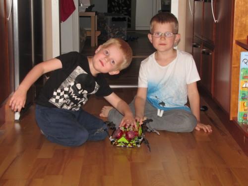 Legobröderna.